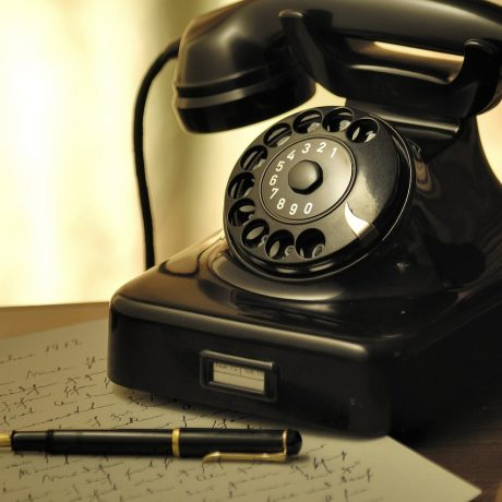 cold calling vs social sales
